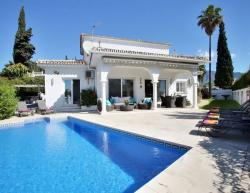 Vacation villa Banus in Malaga for holidays