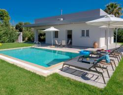 Vacation villa Arhontia in Crete for holidays