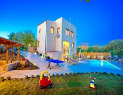 Vacation villa Aclando in Crete for holidays